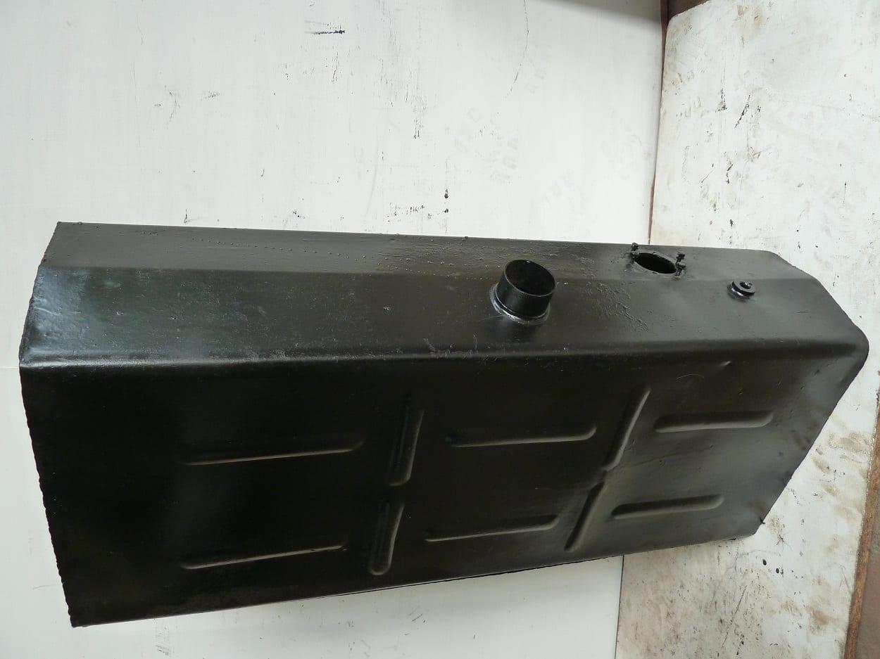 Triumph TR5 Fuel Tank